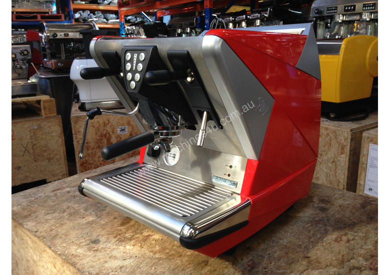 used la san marco 100 e commercial coffee machines in richmond vic price 3 565. Black Bedroom Furniture Sets. Home Design Ideas