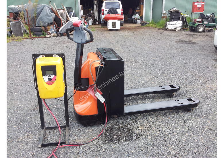 2 Ton Walk Behind Pallet Stacker Electric Forklift Price 1: Used 2011 Ep Equipment EPT 20-20 Powered Pallet Trucks In