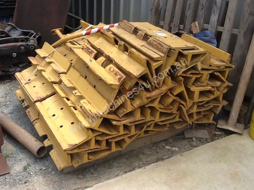 Caterpillar Grousers D6H - Caterpillar General Parts