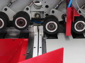 SOC-100 SEMI OPTIMISING DOCKING SAW - picture7' - Click to enlarge