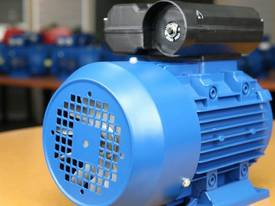 2.2kw/3HP 2800rpm 24mm shaft motor single-phase - picture1' - Click to enlarge