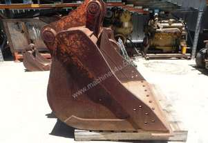 Custom 1160mm Bucket-GP Attachments