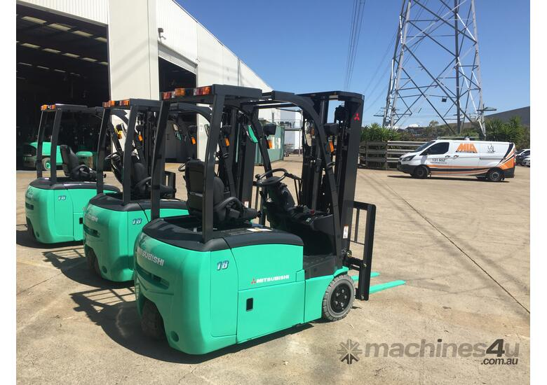 MULTIPLE LINDE REACH STACKERS FROM $125,000 + GST