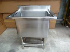 NEW COMMERCIAL STAINLESS STEEL SINGLE POT SINK