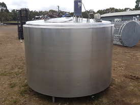 STAINLESS STEEL TANK, MILK VAT 3800 LT - picture0' - Click to enlarge