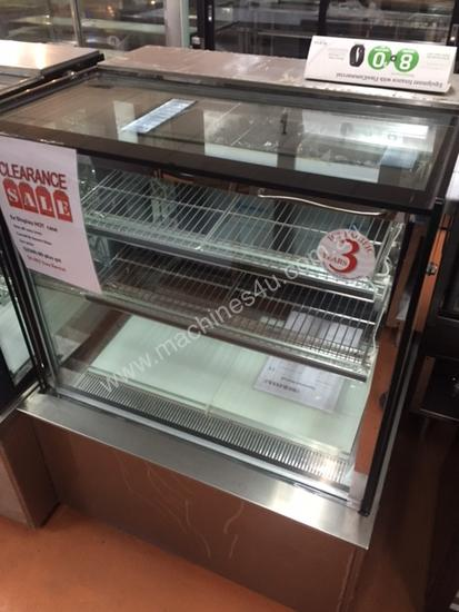 900mm ICS Pacific heated display cabinets