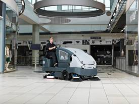 Nilfisk. CS7000 Combination Sweeper / Scrubber Nat - picture1' - Click to enlarge