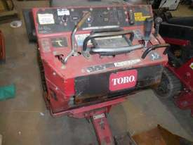 Toro 525 Mini Loader - picture2' - Click to enlarge
