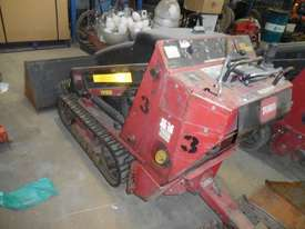 Toro 525 Mini Loader - picture3' - Click to enlarge