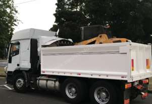 Iveco   Eurotech tipper truck
