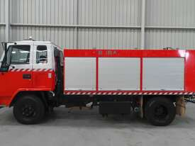 Isuzu  Water truck Truck - picture1' - Click to enlarge