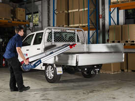 Makinex Powered Hand Truck - lift up to 140kg on your own! - picture4' - Click to enlarge
