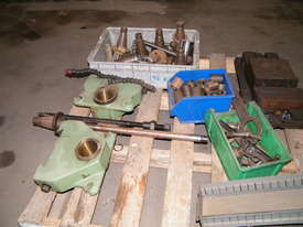 TOS milling machine - picture2' - Click to enlarge