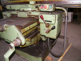 TOS milling machine - picture8' - Click to enlarge