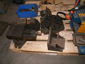 TOS milling machine - picture13' - Click to enlarge