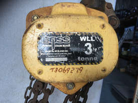 Chain Hoist 3 ton x 3 meter drop lifting Block and Tackle Boss Bullivants - picture1' - Click to enlarge