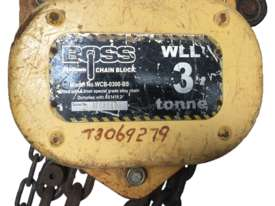 Chain Hoist 3 ton x 3 meter drop lifting Block and Tackle Boss Bullivants - picture0' - Click to enlarge