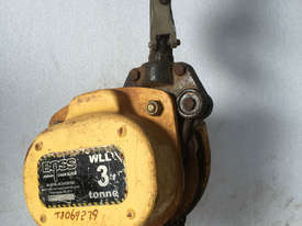 Chain Hoist 3 ton x 3 meter drop lifting Block and Tackle Boss Bullivants - picture2' - Click to enlarge