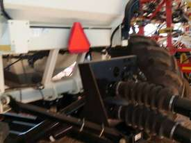 Bourgault 6350 Air Seeder Cart Seeding/Planting Equip - picture3' - Click to enlarge
