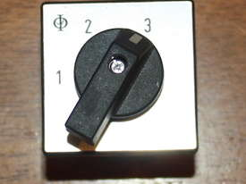 Kraus & Naimer CA10 Rotary Selector Switch 2 Position - picture0' - Click to enlarge