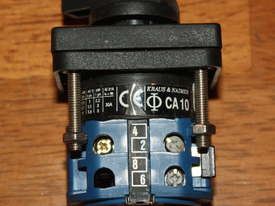 Kraus & Naimer CA10 Rotary Selector Switch 2 Position - picture1' - Click to enlarge