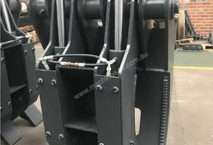 Hydraulic 5 Tine Box Finger Grab to suit 18 to 20 to 23 Ton - Roo Attachments