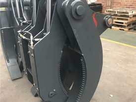 Roo Attachments - Hydraulic 5 Tine Box Finger Grab to suit 18 to 20 to 23 Ton - picture1' - Click to enlarge