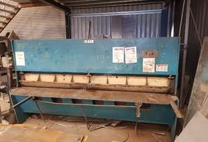 Epic Industries Epic Hydraulic Guillotine