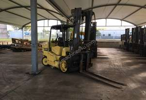 Hoist 8T Counterbalance Forklift