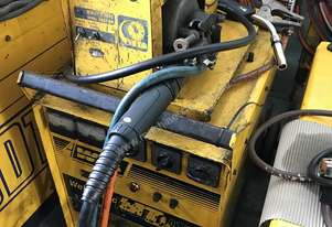 WIA MIG Welder 320 Amp Weldmatic Fabricator with W17 Wire Feeder