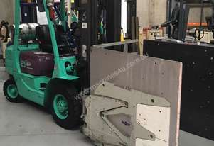 Mitsubishi Forklift with attachment