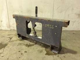 UNUSED MUSTANG SINGLE PIN HITCH MACHINE SIDE D926 - picture0' - Click to enlarge