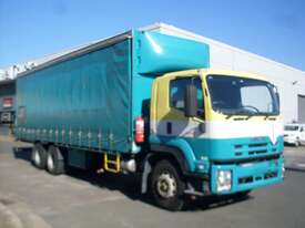 Isuzu FVM1400 Curtainsider Truck - picture0' - Click to enlarge