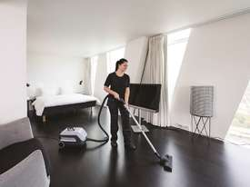 Nilfisk VP600 Energy Saving Dry Vacuum - picture4' - Click to enlarge