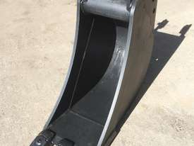 General Purpose with Teeth 300mm Bucket-GP Attachments - picture0' - Click to enlarge