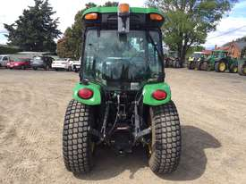 John deere 3320 Compact Trctor - picture2' - Click to enlarge