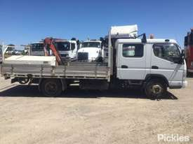 2007 Mitsubishi Canter FE85 - picture8' - Click to enlarge