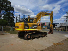 Komatsu HB215LC-1 Tracked-Excav Excavator - picture2' - Click to enlarge