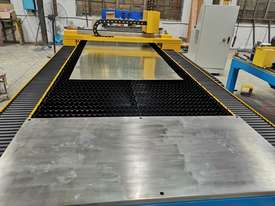 1kw Alpha Fiber laser cutter 1530E (1.5x3m cutting table) 2 years warranty - picture3' - Click to enlarge