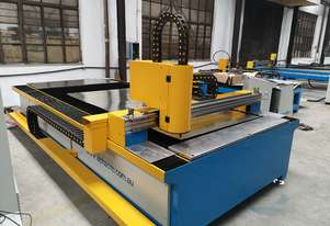 1kw Alpha Fiber laser cutter 1530E (1.5x3m cutting table) 2 years warranty