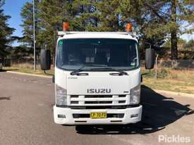 2008 Isuzu FRR600 - picture2' - Click to enlarge