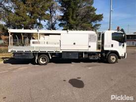 2008 Isuzu FRR600 - picture8' - Click to enlarge