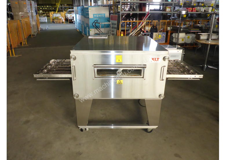 2016 XLT Single Stack Gas Conveyor Pizza Oven
