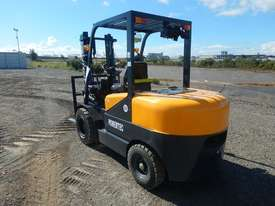 2019 Powertec 35 Forklift c/w 2 Stage Mast - picture0' - Click to enlarge