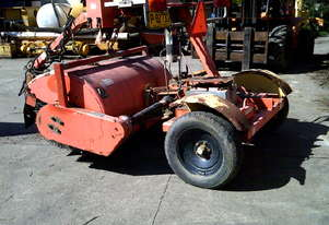 sweepster 2000 towed road broom , power angle and lift ,