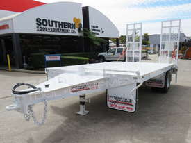 Interstate trailers 9 Ton Single Axle Tag Trailer WHITE ATTTAG - picture1' - Click to enlarge