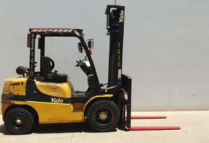 3.0T Diesel Counterbalance Forklift