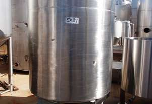 Stainless Steel Storage Tank (Vertical), Capacity: 2,000Lt
