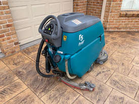 Tennant T5 Sweeper Sweeping/Cleaning - picture2' - Click to enlarge