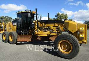 CATERPILLAR 140M2 Motor Graders